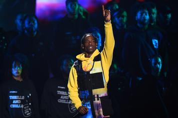 Travis Scott & Young Thug Deliver Surprise Performance At Rolling Loud Fest