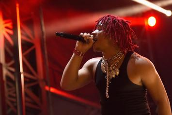 "Trippie Redd Performs ""Topanga"" & ""Taking A Walk"" On Jimmy Kimmel Live"