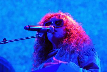 "H.E.R. Performs ""Fate"" On ""Jimmy Kimmel"""