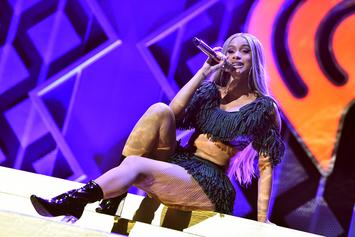 Cardi B Tweaks Lyrics To Fit Divorce With Offset At Jingle Bash