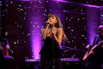 "Ariana Grande Performs ""Imagine"" & Recreates ""SNL"" X-Mas Skit On ""Tonight Show"""