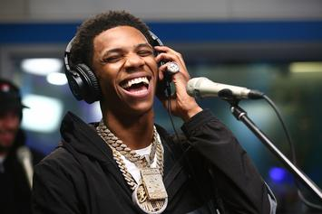 "A Boogie Wit Da Hoodie Brings ""Look Back At It"" To Seth Myers"