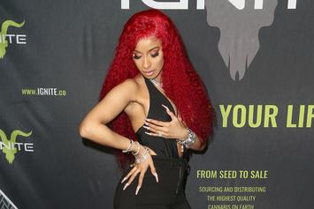 Cardi B Rides The Stage While Doing The Splits To Demonstrate Her Mood