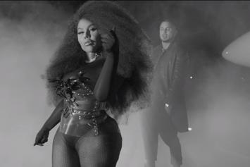 "Lil Kim's ""Go Awff"" Video Makes A Dance Floor Out Of A G6 Tarmac"