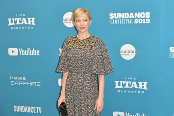 """Michelle Williams Details Drastic Pay Gap With Mark Wahlberg & How She Felt """"Paralyzed"""""""