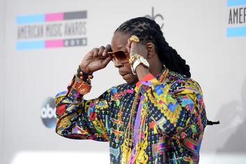 """2 Chainz Brings """"NCAA"""" & """"Rule The World"""" To Jimmy Kimmel Live"""