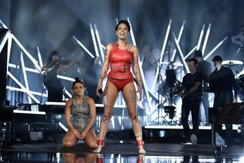 "Halsey Hits The Stage For Emotional Performance Of ""Without Me"" At Billboard Awards"