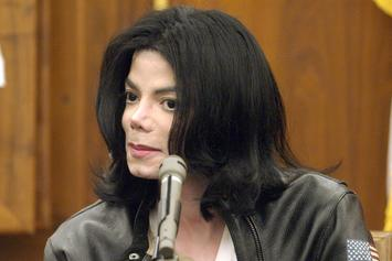 """Madonna Defends Michael Jackson: """"I Don't Have Lynch-Mob Mentality"""""""