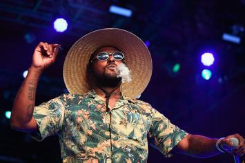 ScHoolboy Q Puts Respect On YG's Name While Eating Spicy Wings