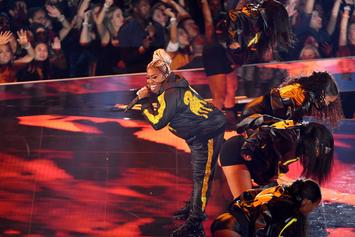 Missy Elliott Lights Up The MTV VMA Award Stage With Iconic Medley