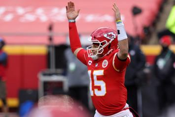 "Patrick Mahomes Declares ""HenneThing Is Possible"" After Chiefs Defeat Browns"
