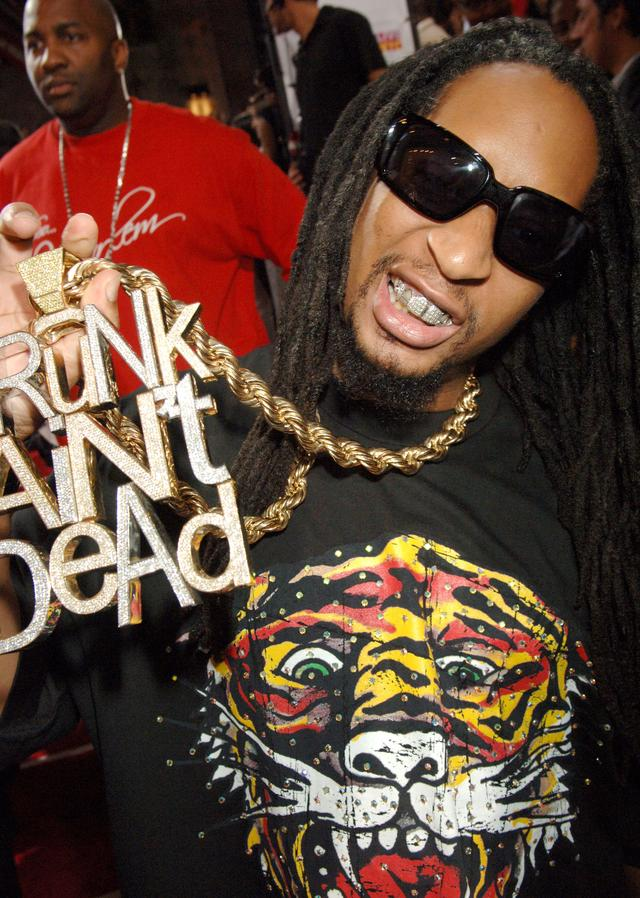 Lil Jon With His Crunk Aint Dead Chain