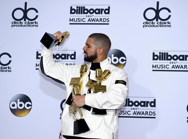 Drake at 2017 Billboard Music Awards