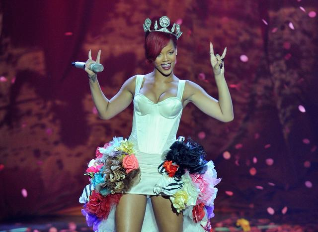 Rihanna at MTV EMAs 2010