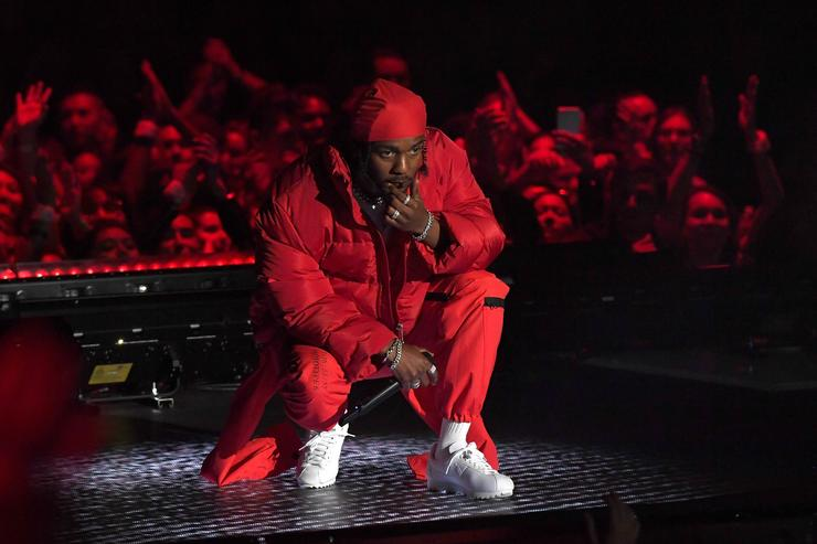 Kendrick Lamar performs onstage during the 2017 MTV Video Music Awards at The Forum on August 27, 2017 in Inglewood, California.