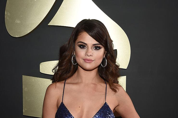 Selena Gomez attends The 58th GRAMMY Awards at Staples Center on February 15, 2016 in Los Angeles, California.